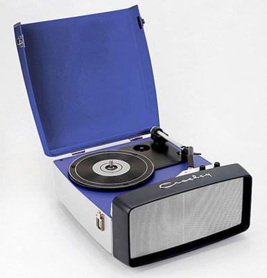 Crosley 1960s-style Collegiate portable turntable