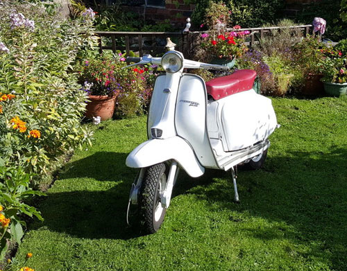 Lambretta Restoration Official Dating Certificate