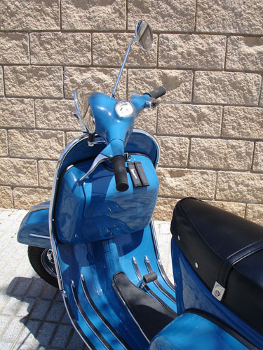 Fully restored 1969 Spanish Vespa 160