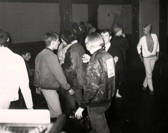Sneakers club (c) Paul Hallam