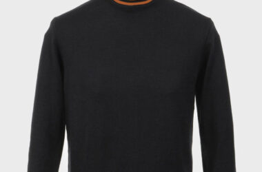 Limited edition Haye 1960s turtle neck by Art Gallery Clothing